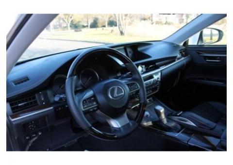 2017 Lexus ES 350 white